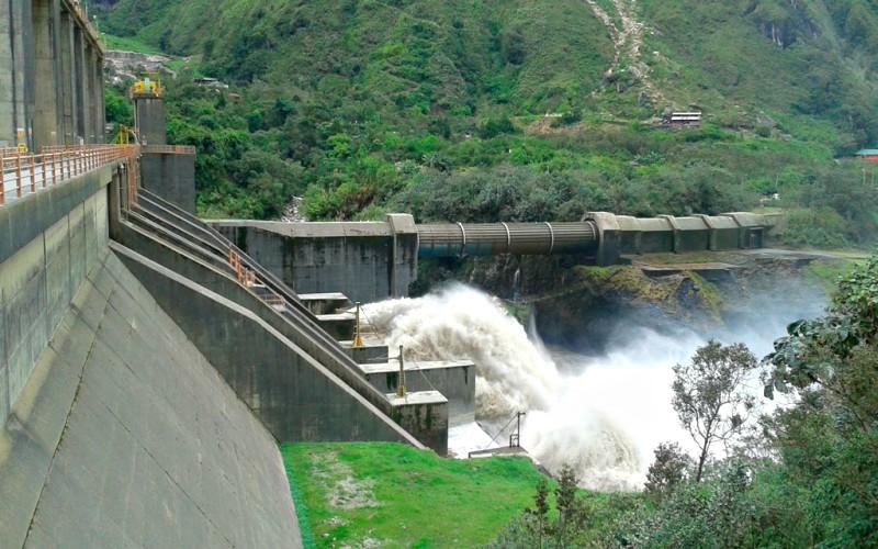 Construcción de hidroeléctricas para Moquegua en el mes noviembre