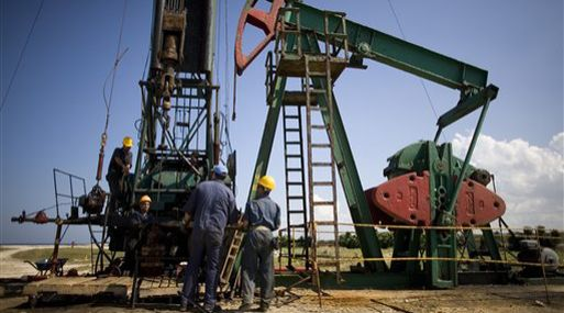 Pronósticos de EY: Se eleva a US$ 58 el precio del barril del petróleo