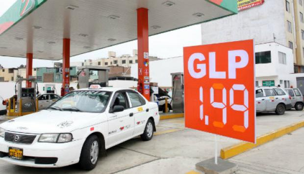 Opecu: Petroperú baja precio de diésel vehicular, pero sube otros combustibles