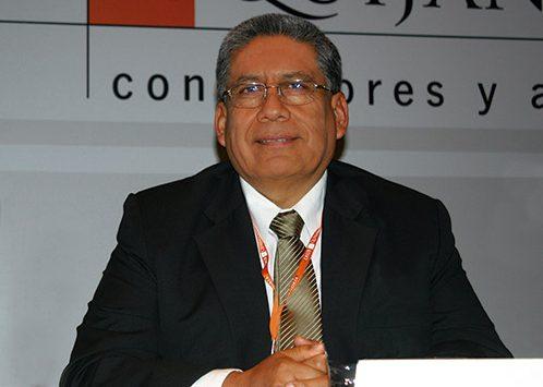 César Butrón es reelegido Presidente del COES Sinac