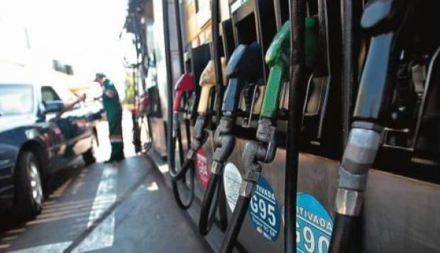 Precios de combustibles con fuertes variaciones al alza hasta 4.12% por galón