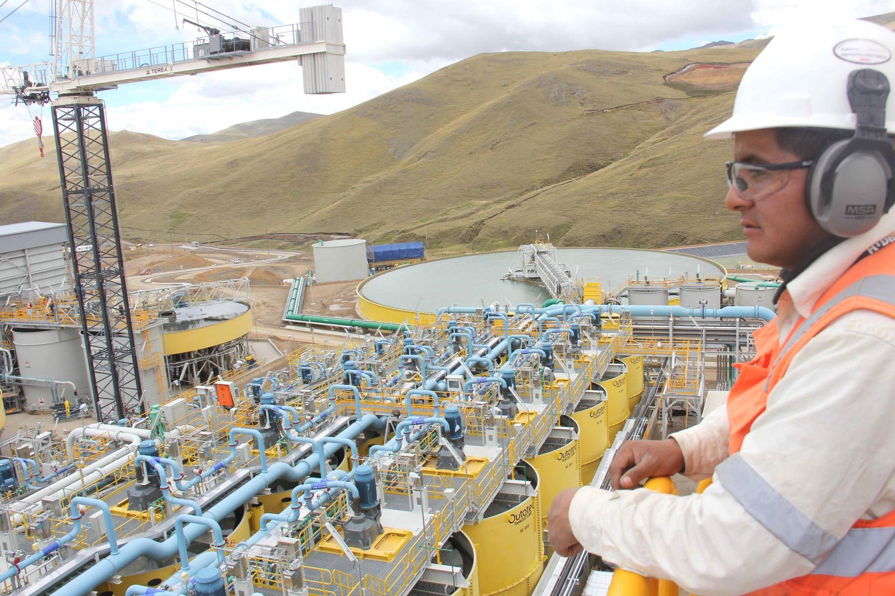 Mesa ejecutiva minero-energética reporta avances significativos este año
