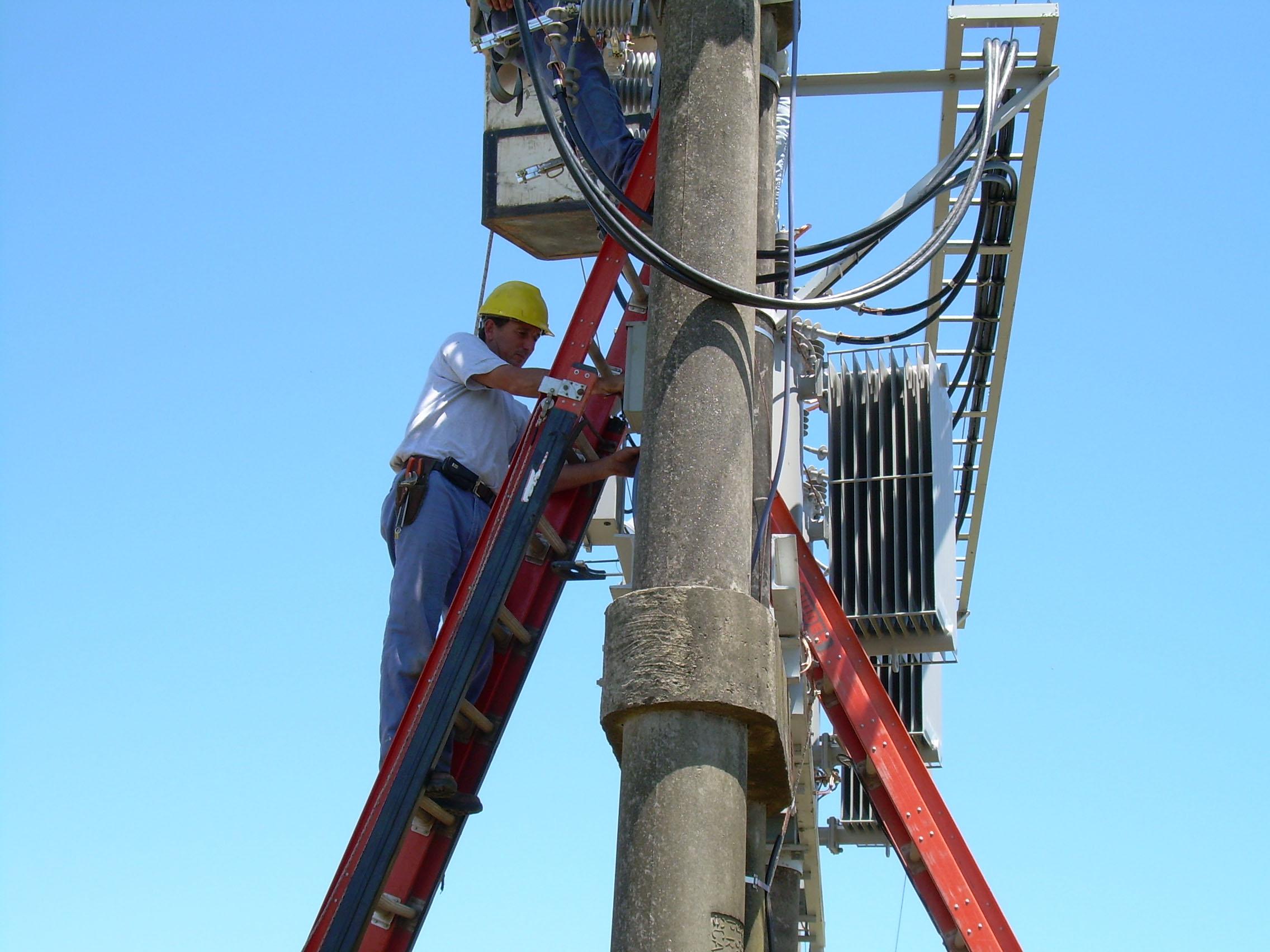Electro Puno: Adquiere concesiones rurales para la distribución de energía eléctrica en el Sur