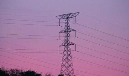 Piden restablecer suministro eléctrico por sismo de Arequipa
