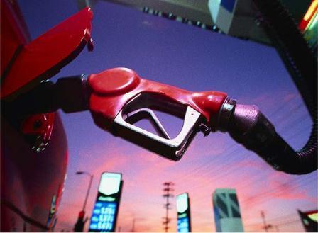 Indecopi: A partir del 1 de abril se prohíbe vender gasolina con más de 50 partes por millón de azufre
