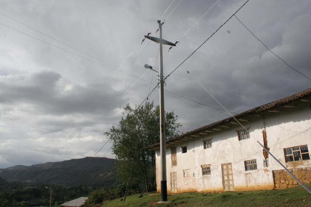 MEM inauguró obras de electrificación rural en Cajamarca