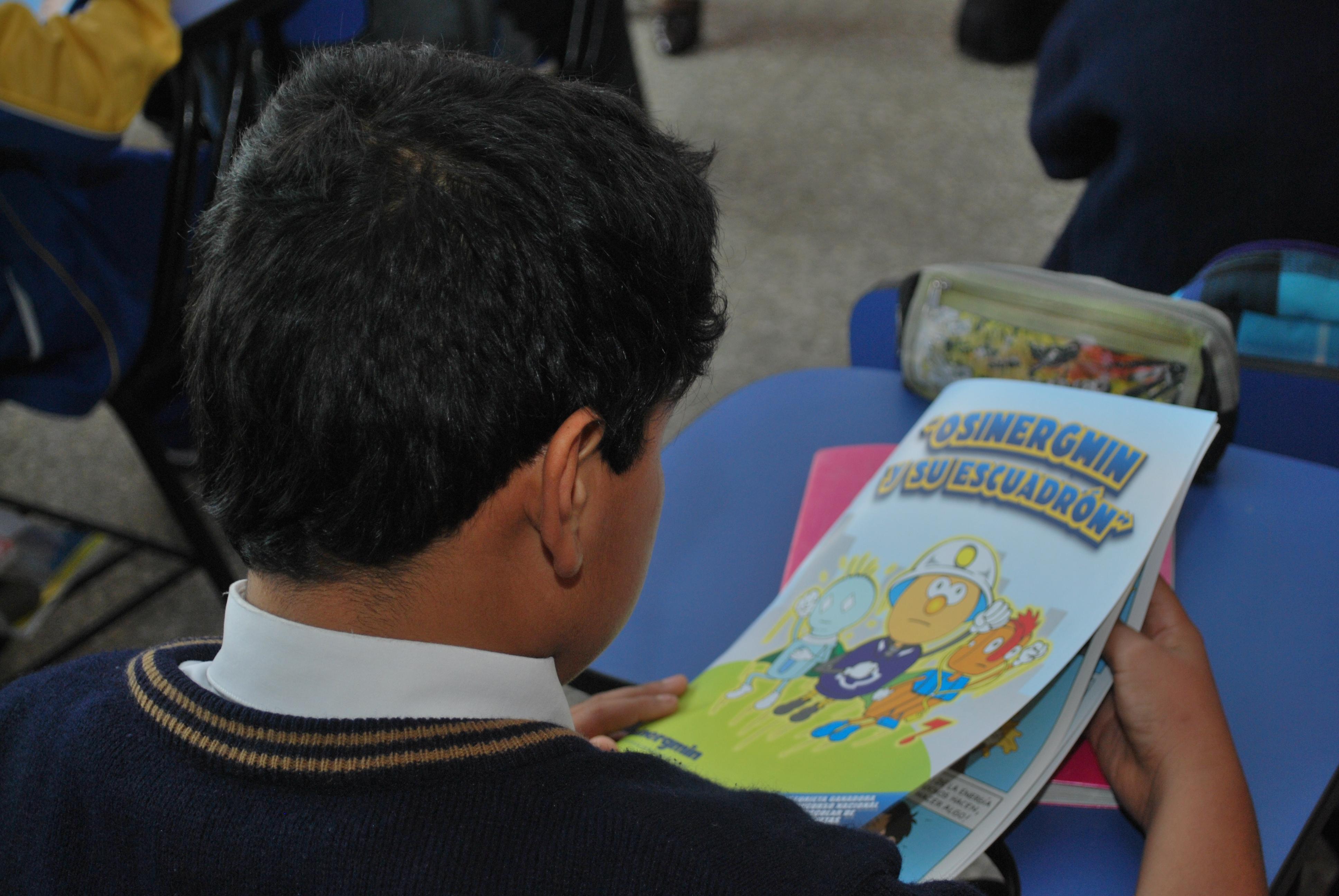 Osinergmin promueve uso seguro de electricidad con concurso de cuentos para docentes