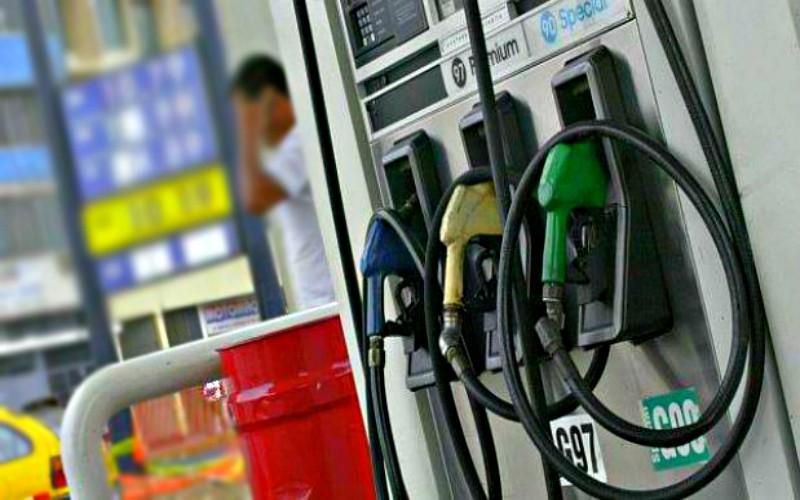 Gobierno busca reducir volatilidad interna de precios de combustibles
