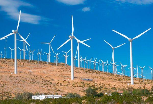 Existe avance en Perú en energía limpia, según el Foro Económico Mundial