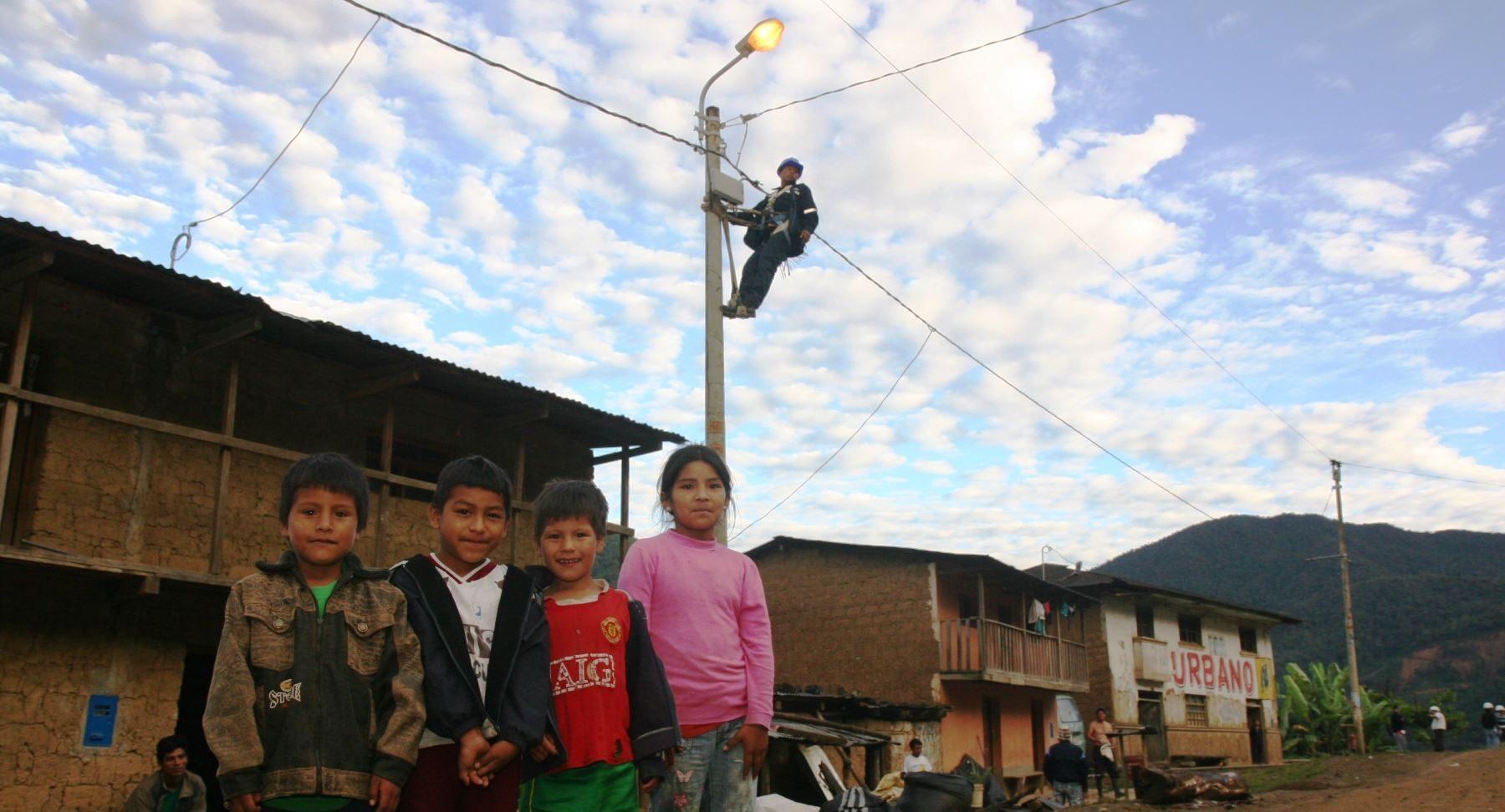 El 80.1% de los hogares del área rural cuenta con energía eléctrica