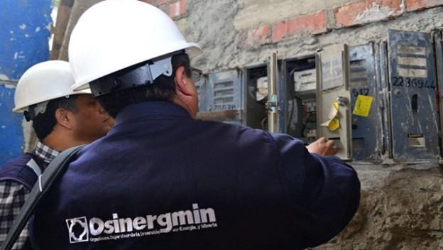 Osinergmin establece reducción de tarifas eléctricas hasta en 4.3%