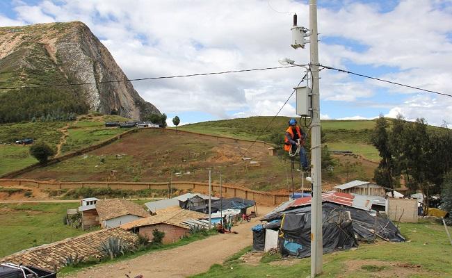 Minem invirtió en electrificación rural S/ 134.5 millones entre enero y junio del presente año