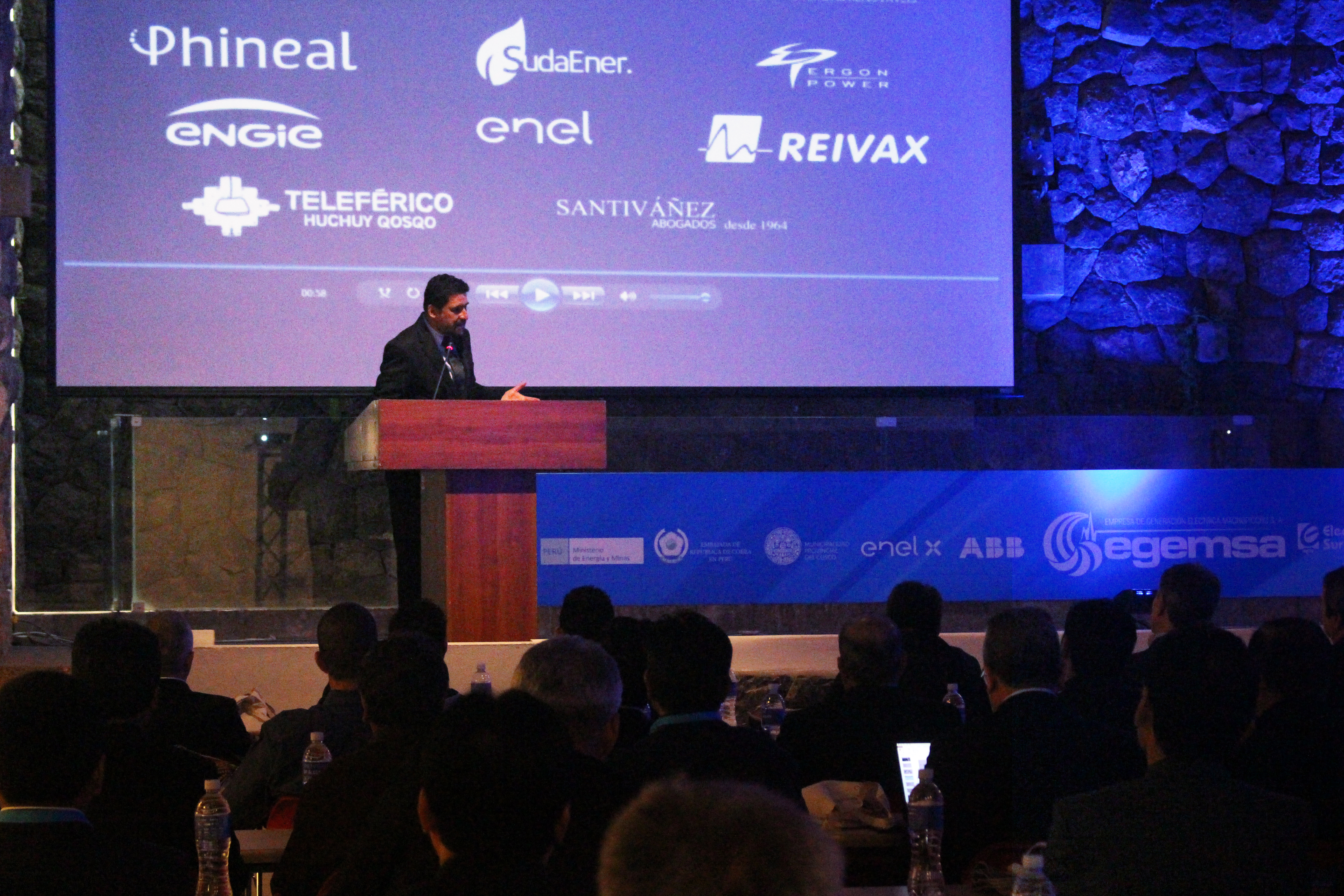 Inauguración de la Conferencia sobre  el Futuro de la Electricidad en el Perú