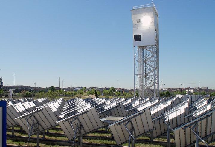 Generan combustible de origen renovables a partir de agua, energía solar y CO2